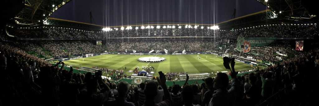 seasonal football in stadium_Photo___humberto-santos-394879-unsplash