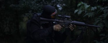 cs:go man holding rifle